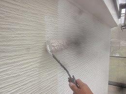 外壁サイディングキルコ断熱塗料主剤一層目塗装状況