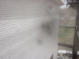 外壁サイディングキルコ断熱塗料主剤塗装一層目塗装完了