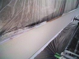 外壁フッ素塗料塗装上塗り一層目塗装完了