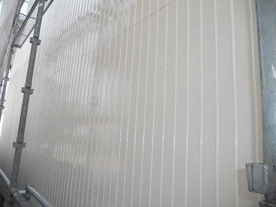 外壁トタン部塗装完了
