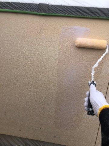 外壁サイデイング断熱塗料塗装下塗り塗装状況