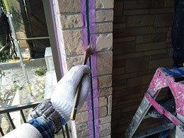 外壁サイデイング断熱塗料塗装目地コーキングプライマー塗布状況
