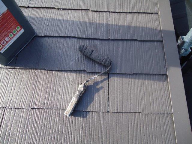 屋根カラーベスト遮断熱塗料上塗り二層目塗装状況