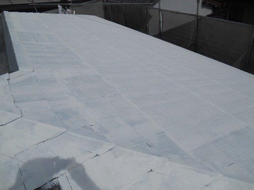 屋根遮断熱塗料塗装主材一層目塗装完了