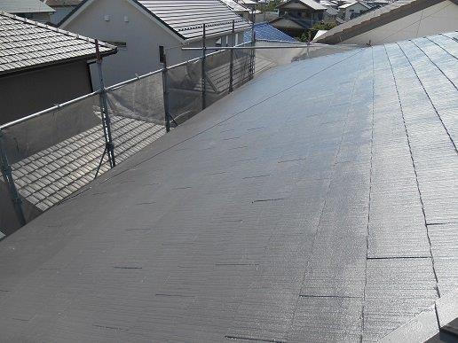 屋根遮断熱塗料塗装上塗り一層目塗装完了