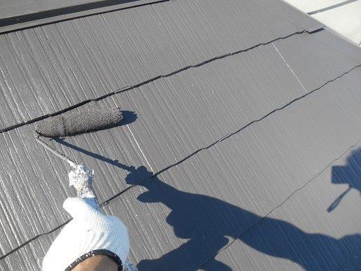 屋根遮断熱塗料塗装上塗り二層目塗装状況