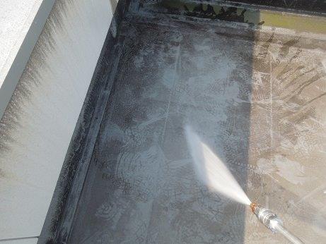 屋上防水遮断熱塗料塗装前高圧洗浄