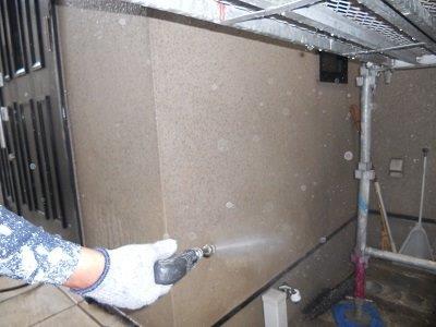 外壁サイディング断熱塗料塗装前高圧洗浄