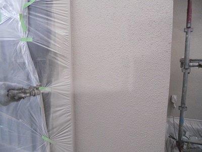 外壁サイディング断熱塗料塗装上塗り塗装状況