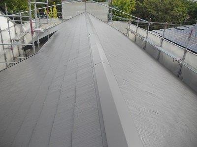 屋根カラーベスト遮断熱塗料塗装遮熱塗料一層目塗装完了