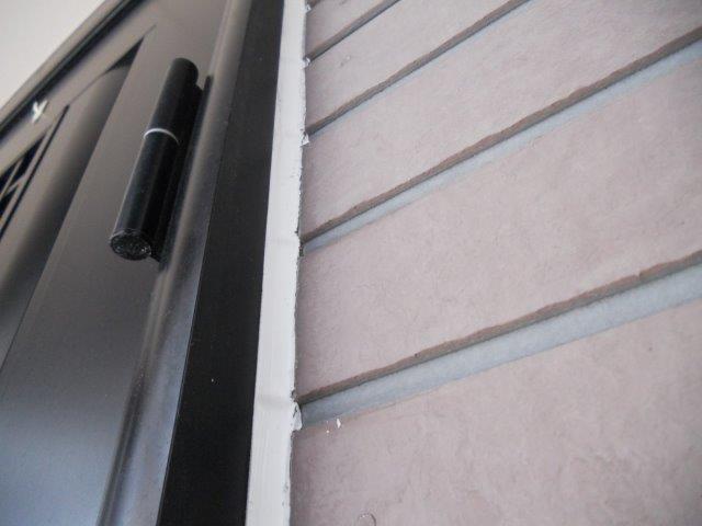外壁サイディングシリコン塗装前コーキング打設完了
