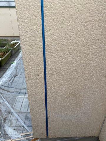 外壁サイデイング断熱塗料塗装前コーキング打ち替え目地既存コーキング撤去完了