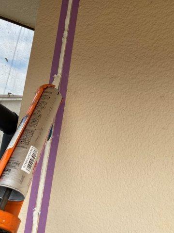 外壁サイデイング断熱塗料塗装前コーキング打ち替え目地既存コーキング打設状況