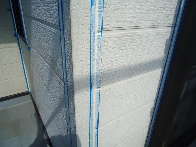 外壁サイデイング目地コーキング打ち替えコーキング打設完了
