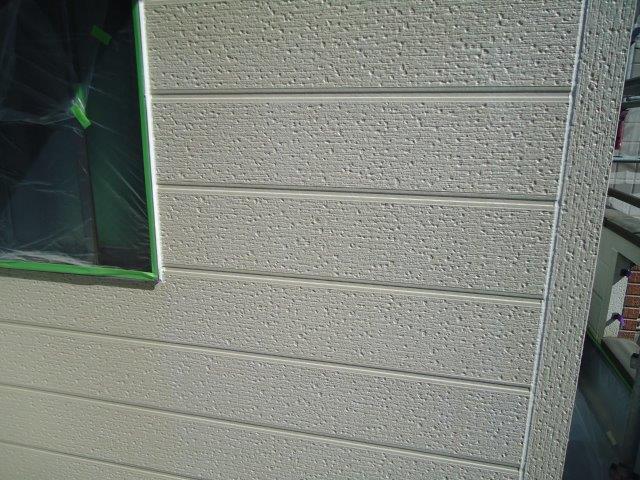 外壁サイデイング断熱塗料塗装下塗り塗装完了