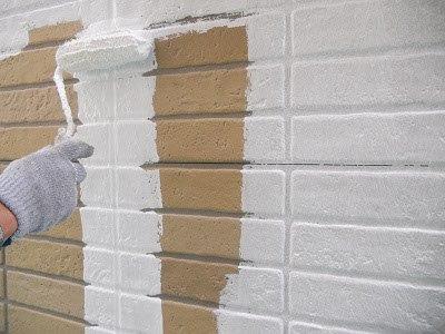 外壁サイディングフッ素塗料下塗り二層目塗装状況
