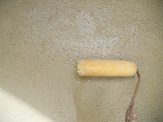 外壁無機塗料下塗り塗装状況