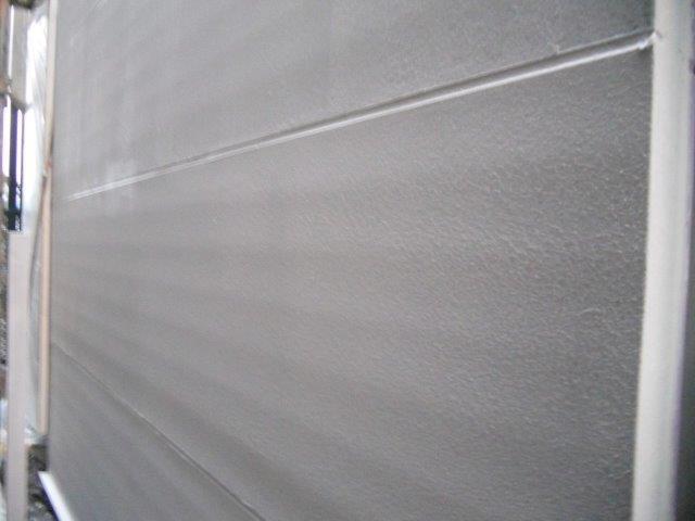 外壁ALC断熱塗料主材一層目塗装完了