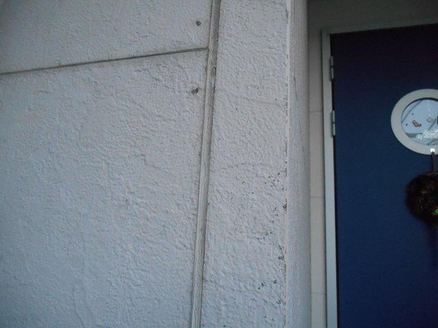 外壁サイデイング目地のコーキング打ち替え施工前