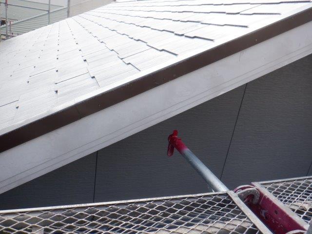 外壁付帯部破風板塗装施工前