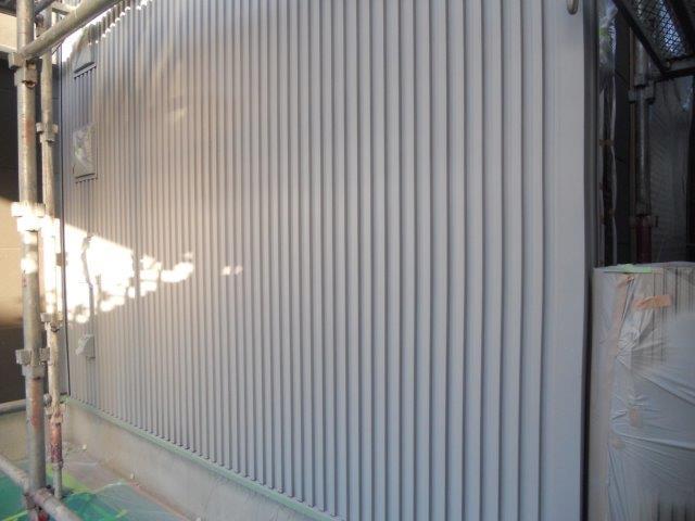 外壁ガルバリウム鋼板無機塗料塗装下塗り塗装完了