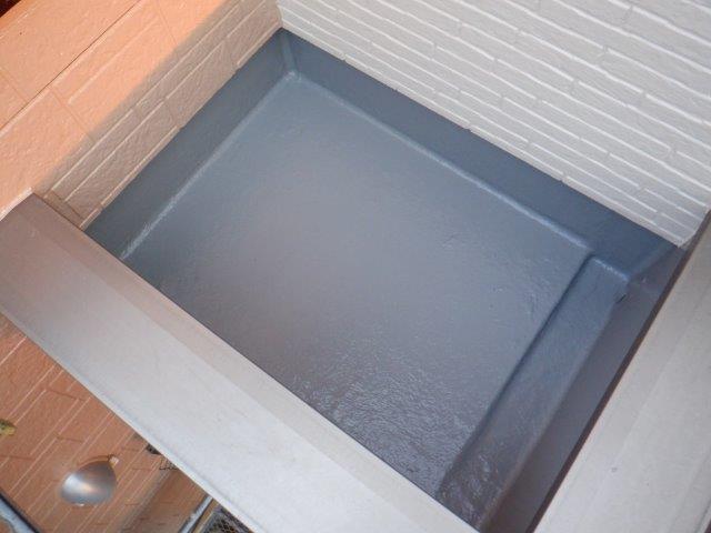 バルコニー防水トップコート塗装完了
