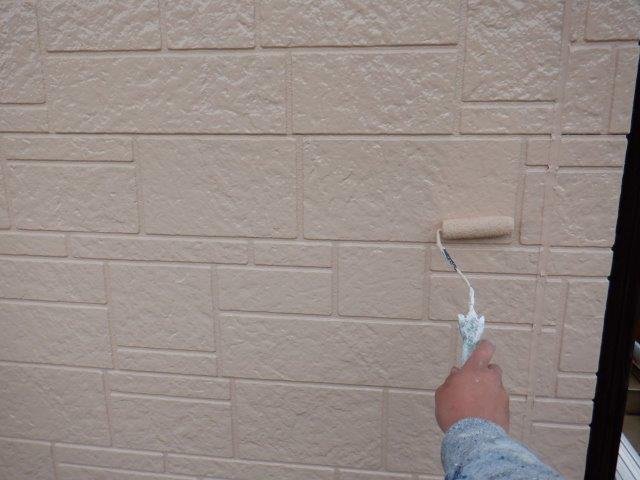 外壁サイディング目地無機塗料塗装上塗り塗装状況
