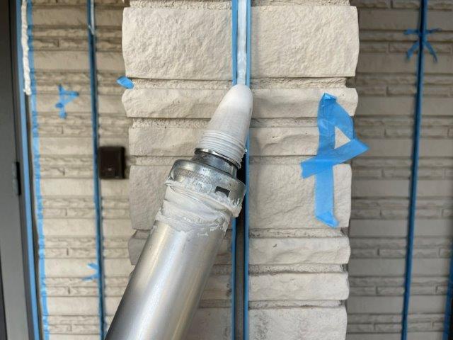 外壁サイディング目地コーキング打ち替えコーキング打設