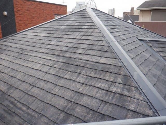 屋根カラーベストフッ素塗料塗装下塗り塗装完了