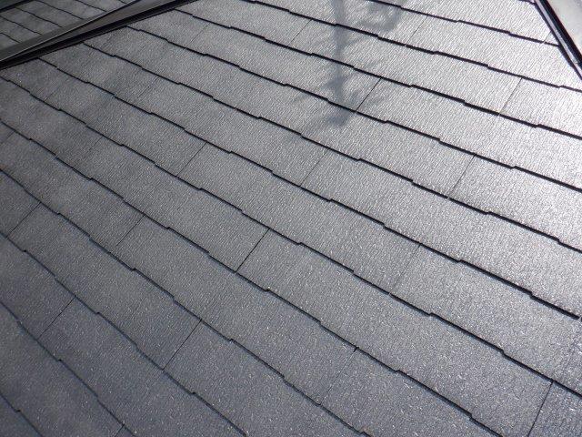 屋根カラーベストフッ素塗料塗装中塗り塗装完了